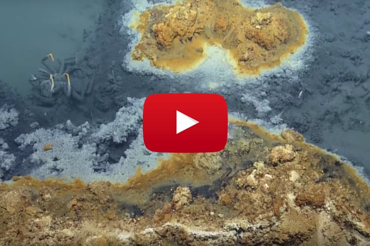Scientists Fascinated By Lake Under The Sea: Those Who Enter Never Come Out [Watch]