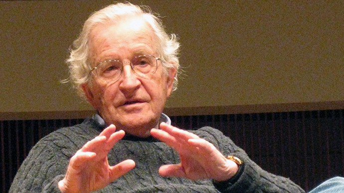 Chomsky: The GOP, Not the Islamic State, Is the Most Dangerous Group 'In Human History'