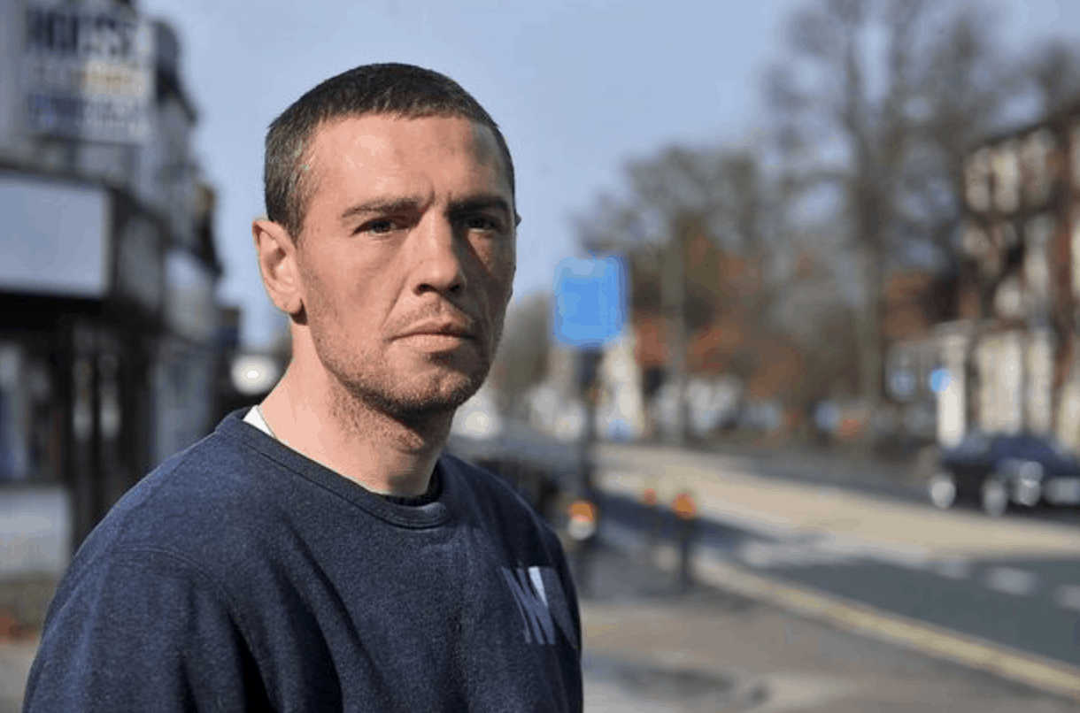 Homeless Man Begs For A Job Instead Of Asking For Loose Change