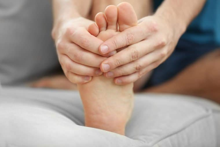 8 Signs And Symptoms Of Gout
