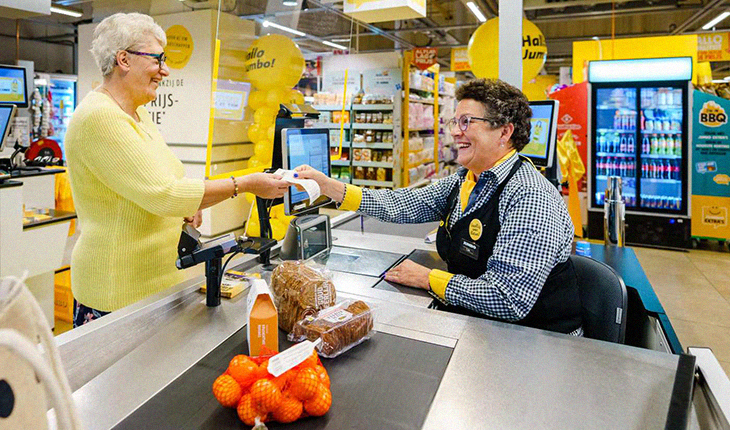 A Netherlands Grocery Initiated 'Chat Checkouts' To Combat Loneliness For The Elderly And It's Awesome